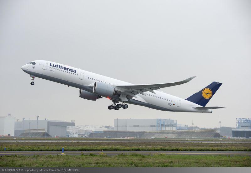 LUFTHANSA PRENDE IN CONSEGNA IL SUO PRIMO A350 XWB