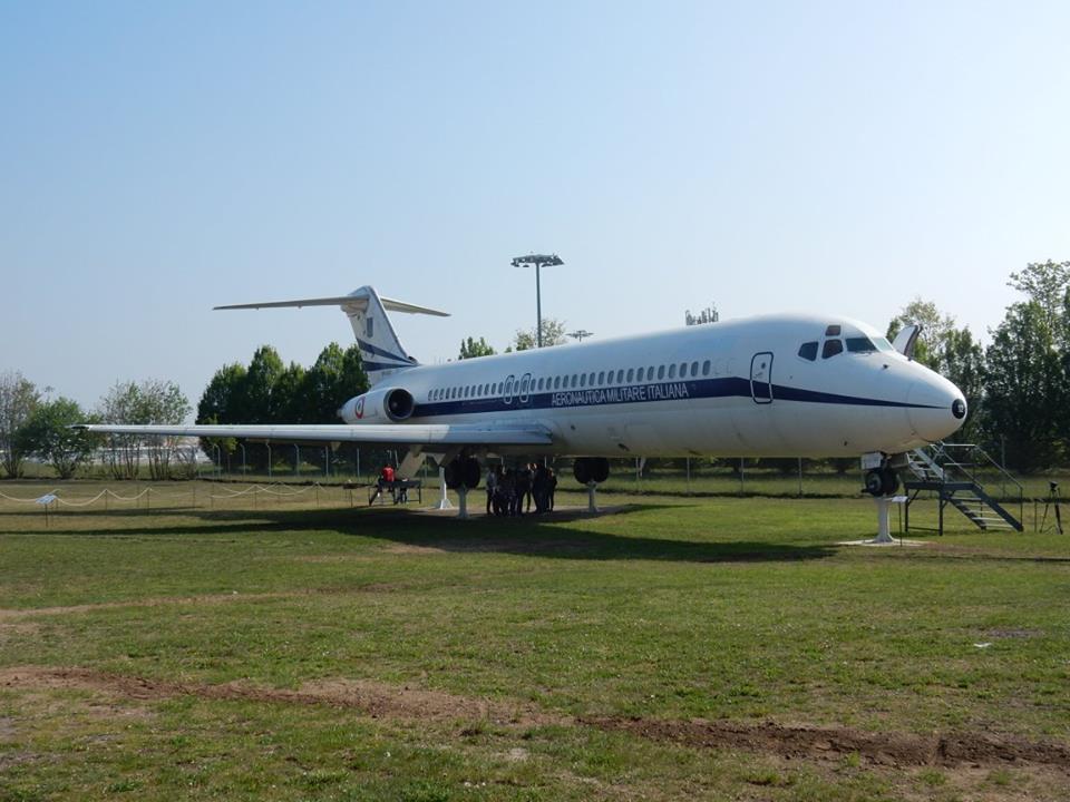 INAUGURATO A VOLANDIA IL DC-9 PRESIDENZIALE