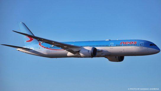 Neos 787dreamliner02