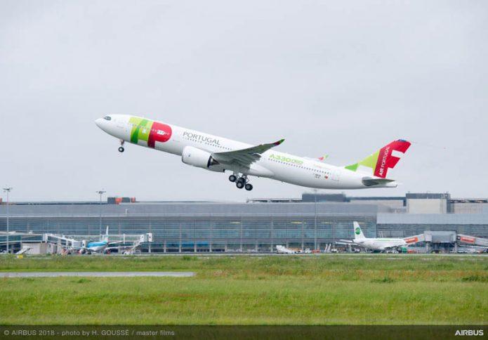 A330 900 TAP take off