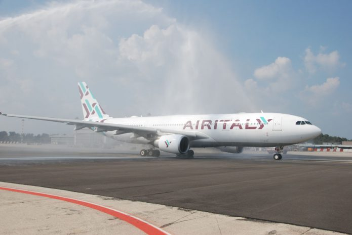 Water cannon - A330 Air Italy - MXP-BKK