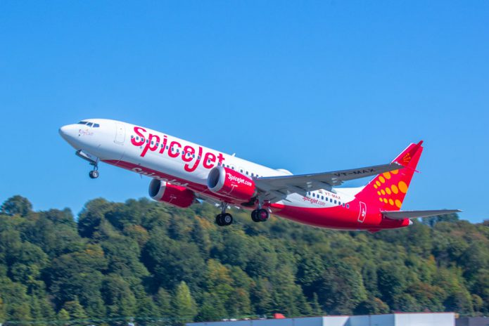 SpiceJet 737 MAX 8