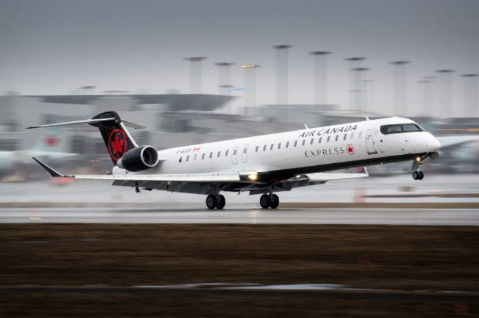CRJ900