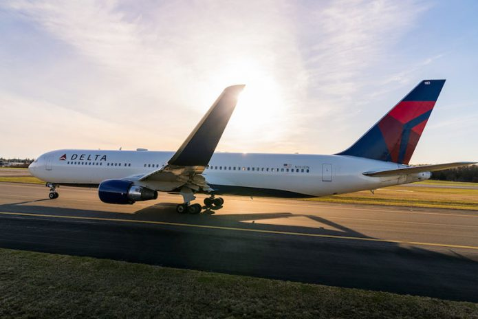 767 300LR Delta