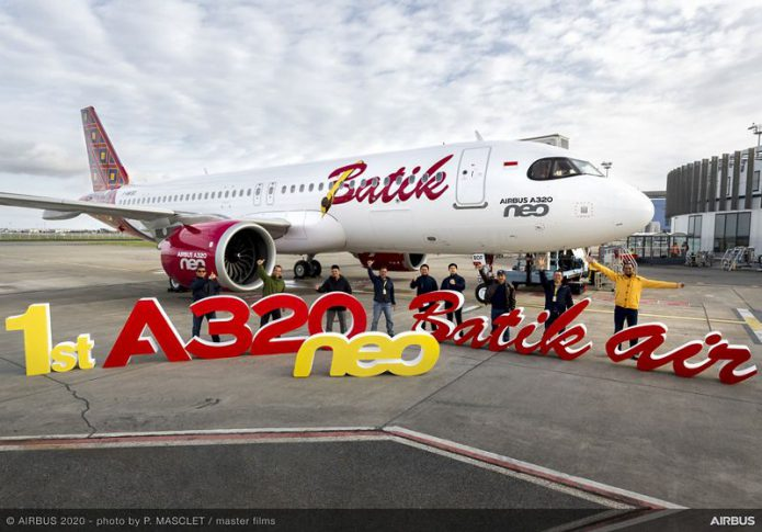 first A320neo Batik air MSN9505 delivery group picture 002