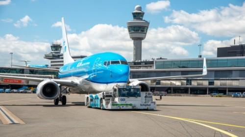 KLM Schiphol Taxibot