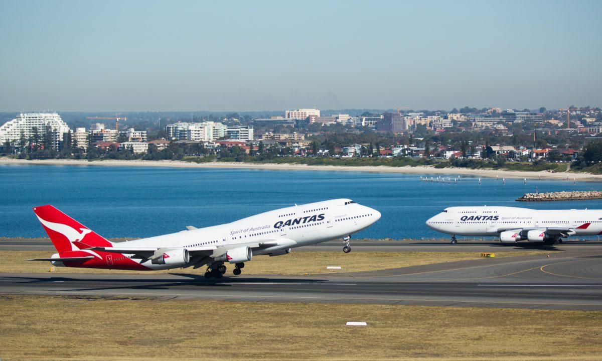 747 400s nose to nose Copy 1200x719 1