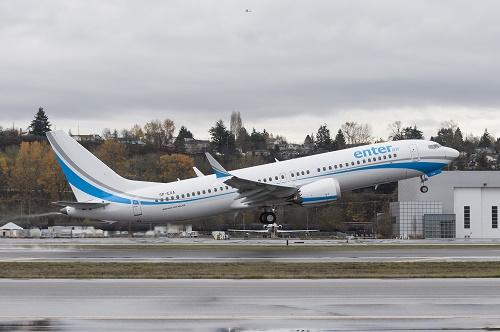 Enter Air 737