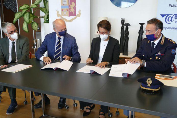 Firma accordo Polizia di Stato Sogaer