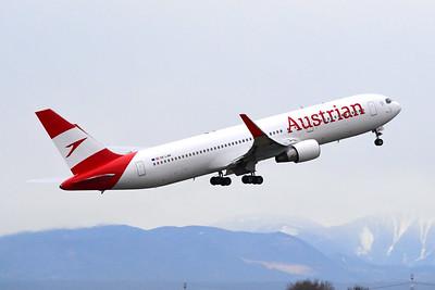 767 Austrian Airlines