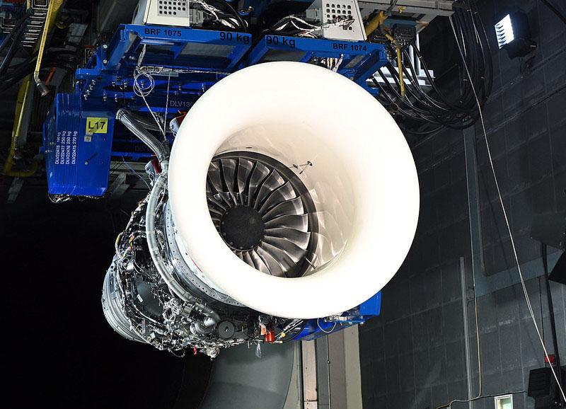 RR Pearl 700 Test SAF