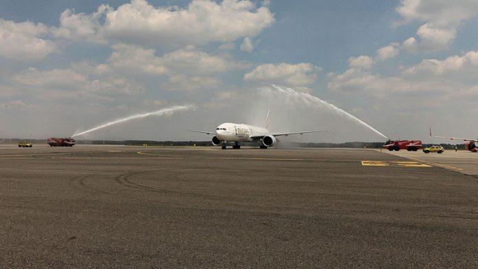 MXP Emirates 777